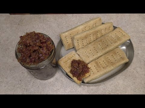 cooking-with-corporal-(hardtack-and-bacon-jam)