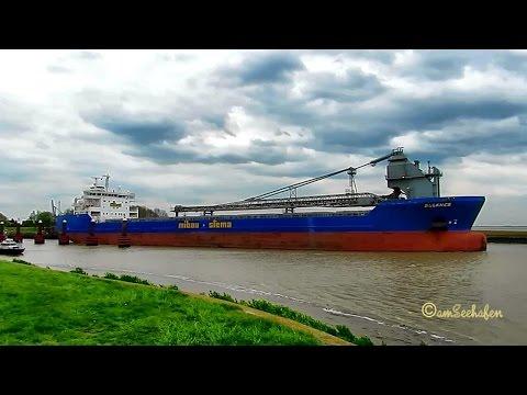 BULKNES V2EG6 IMO 9384370 Emden seabound self unloader Selbstlöscher bulk carrier