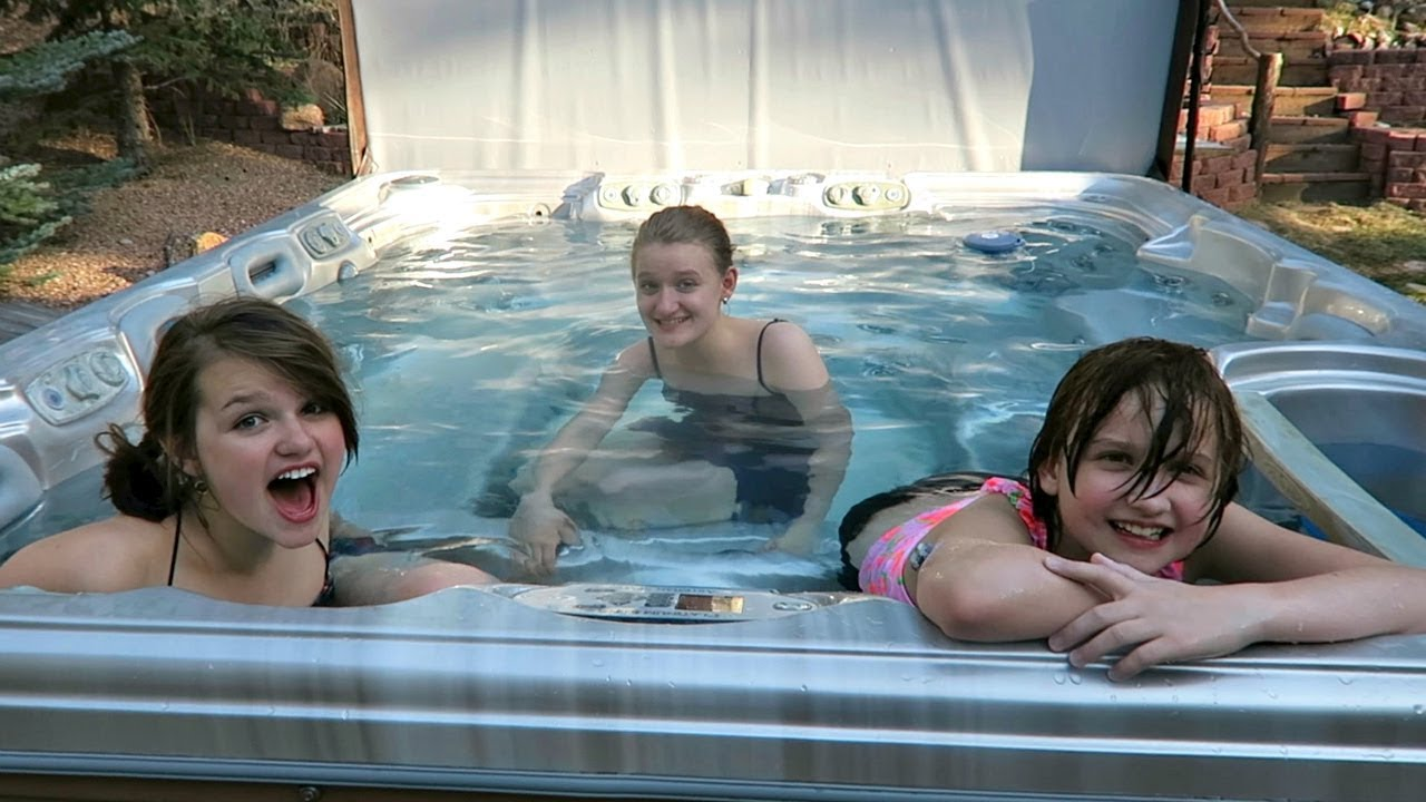 Jacuzzi Pool Youtube We Got A New Hot Tub Youtube