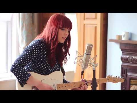 Northern Female Acoustic Soloist & Singer | Jasmine