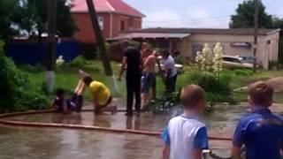 Свадьба Дмитрия и Виктории Шепель. Купание родителей.
