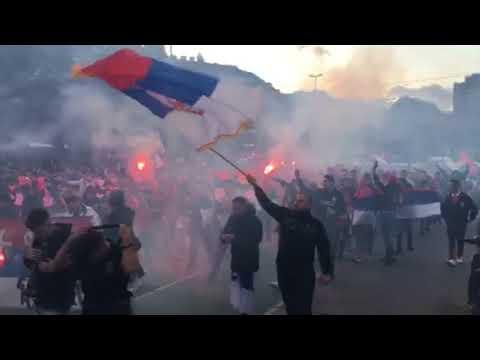 Austrija Srbija Bec - navijaci - Put ka Stadionu
