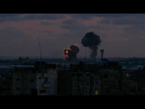الجيش الإسرائيلي يقصف عشرات المواقع في غزة ردا على إطلاق صواريخ من القطاع  - نشر قبل 3 دقيقة