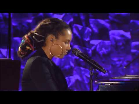 Alicia Keys - I Want You Back / Izzo - Jay Z Tribute