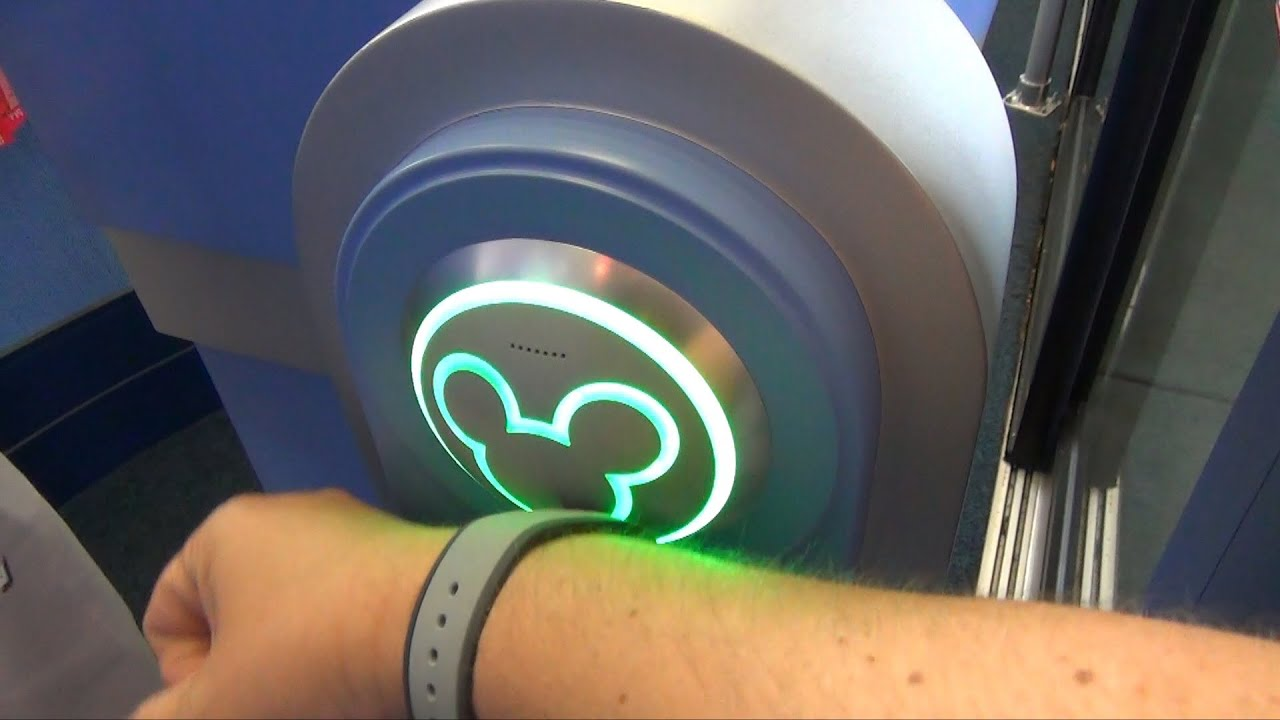 MagicBand Testing at Resort Room Door, Epcot Attractions and Food ...