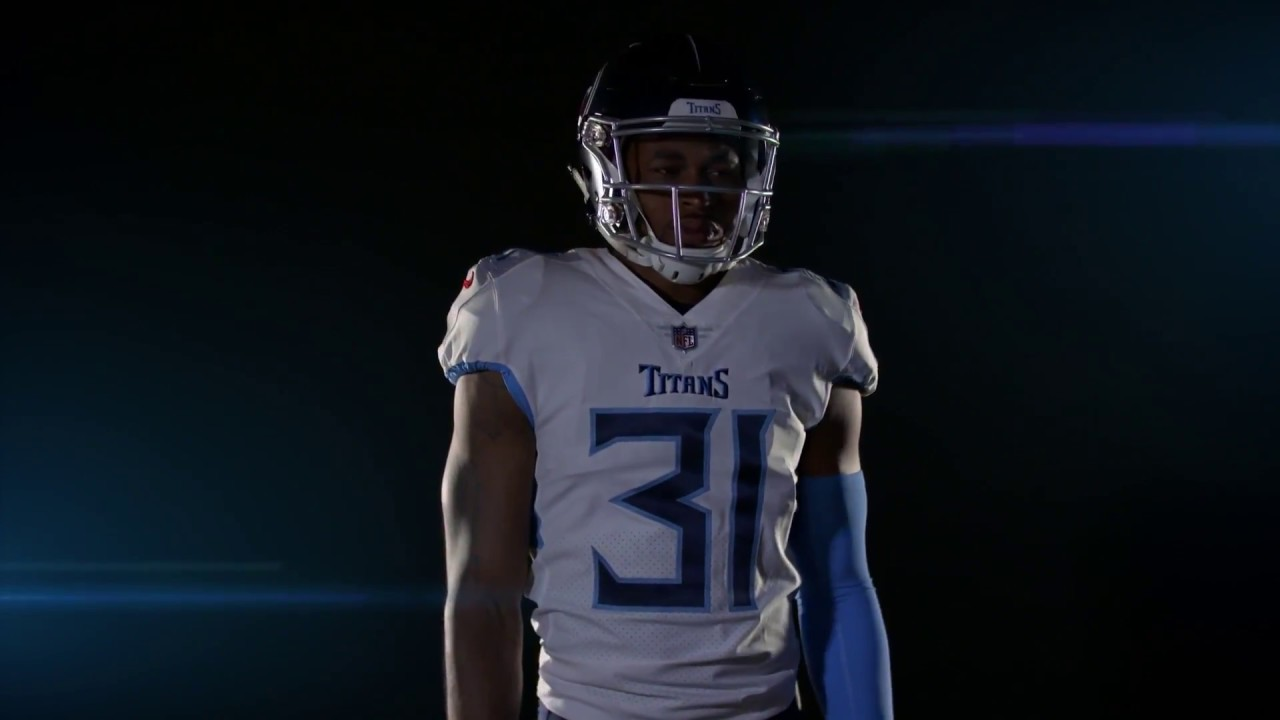 16d790017 Tennessee Titans get new uniforms after 20 YEARS! Review and Discussion