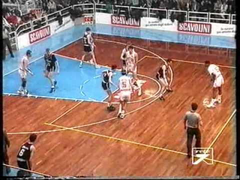 Pete Myers vs Predrag Danilović (VL-Virtus1993)