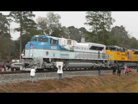 George H. W. Bush Funeral Train Excursion -with UP 4141 at ...