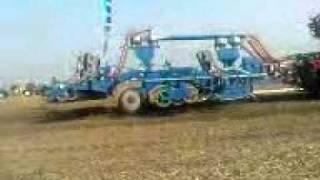 największy traktor na świecie