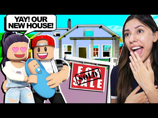 MOVING INTO OUR *NEW* MANSION in BROOKHAVEN (Roblox