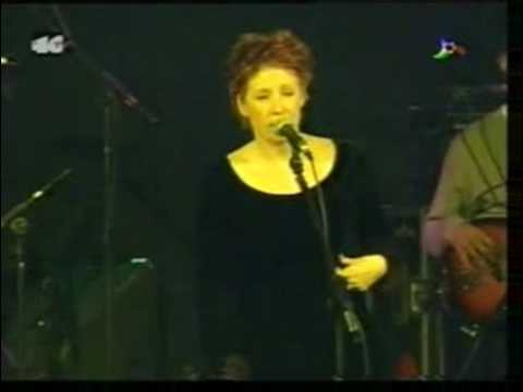 Sixpence None The Richer - Paralyzed (Live in Madrid)