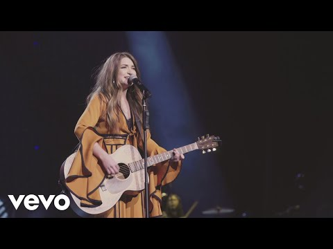 Tenille Townes - Somebody's Daughter (Live)