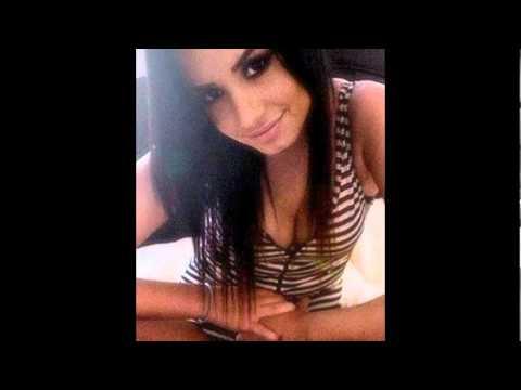 Demi Lovato Rare/Personal Pics!(: