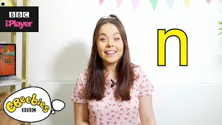 "Learn letter ""n"" with Evie and Dodge 