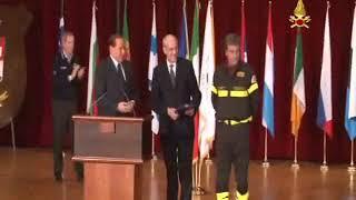 09 11 2010 L'Aquila Consegna Medaglia d'oro della Presidenza del Consiglio ai  VVF