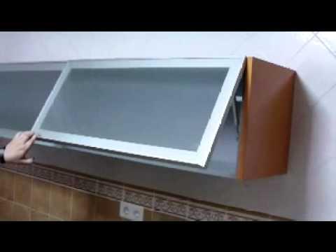 vt_vitrina de aluminio con piston de gasMOV  YouTube