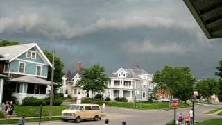 Iowa SUPERCELL Brief Tornado Touchdown in Cedar Rapids 6-23-09