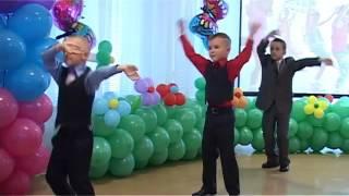Веселый танец Давай поднимем ручки и будем танцевать Выпускной бал в детском саду