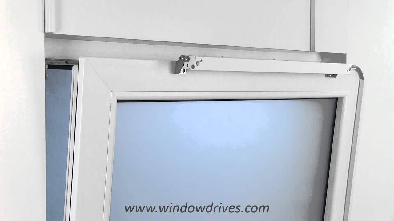 kippfenster elektrisch ffnen mit kettenantrieb ks2 antrieb auf fl gel mitfahrend youtube. Black Bedroom Furniture Sets. Home Design Ideas