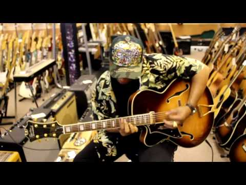 Al McKay visits Norman's Rare Guitars