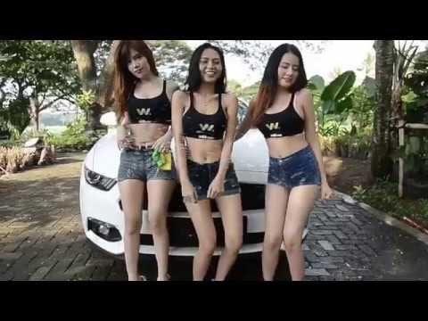 YOUTUBE SEXY CAR WASH