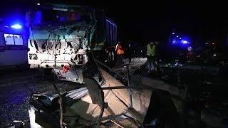 ДТП 18+ ужасная авария с маршруткой в Чувашии. подборка за 12.10.2018 жесть