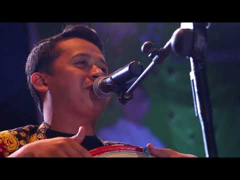 JOHN TRALALA LIVE YOGA & ATRINA  BINUANG 2016  - RAJA MADIHIN & LAWAK BANJAR - MAXTONES PRO