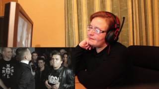 РЕАКЦИЯ МАМЫ НА [VERSUS #1 : Oxxxymiron VS Johnyboy] ЧАСТЬ 1