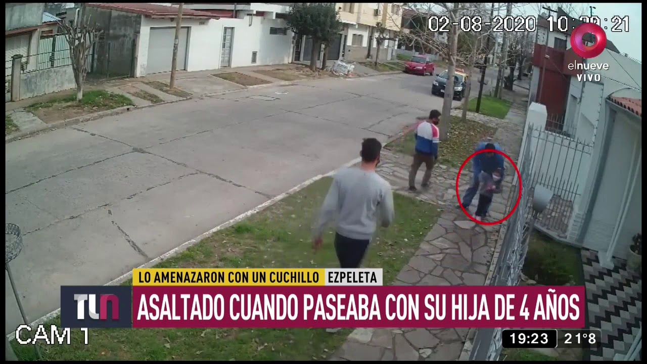 Indignante: Roban a un padre que paseaba con su hijita de 4 años en Quilmes