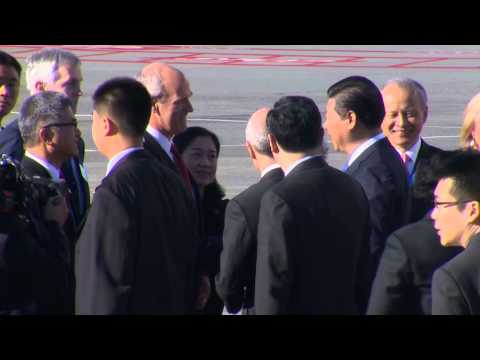 Chinese President Xi Jinping lands in Seattle