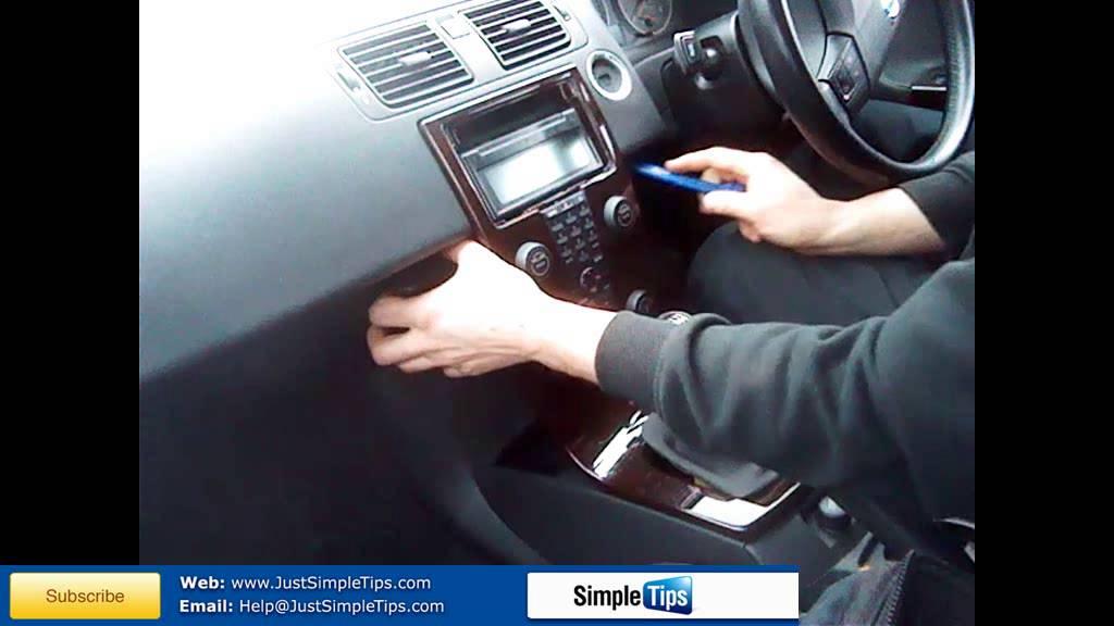 Radio Removal Volvo V50 Floating Dash | JustAudioTips