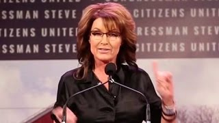 Sarah Palin's Bizarre Iowa Rant After Teleprompter Fails