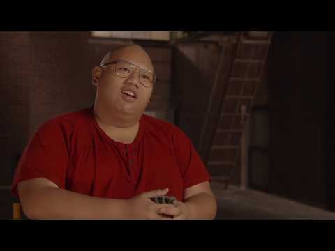 "Spider-Man Homecoming ""Ned Leeds"" On Set Interview - Jacob Batalon - 동영상"