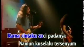 Boomerang  - Kisah Seorang Pramuria Official Karaoke Video