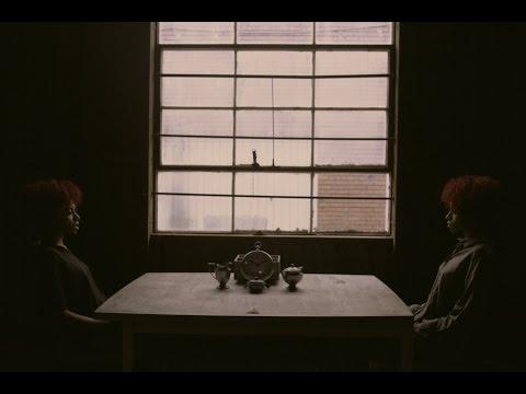 Ravyn Lenae – Sleep Talking (Official Music Video)