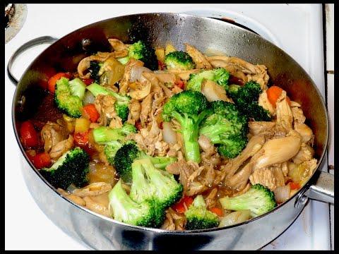 pollo con brocoli, Rica comida china.