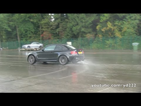 Смотреть BMW 1M Coupe w/ decatted exhausts - Revs, donuts, etc онлайн