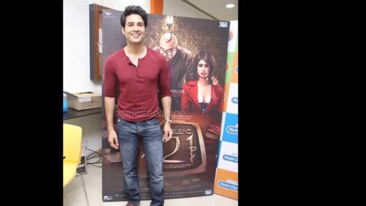 27 Hot Hindi Tv Actors Doovi