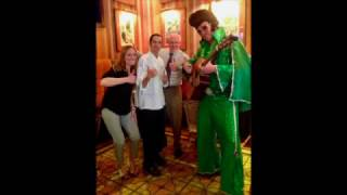 Eco Elvis Visits Trezo Mare: Sings Tribute