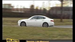 Alla guida dell'Infiniti M35h - Electric Motor News n° 3 (2013)