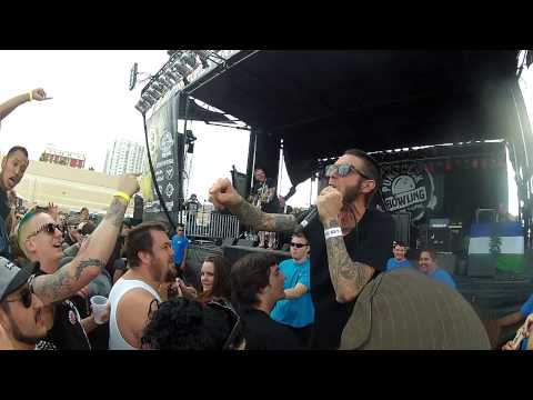SUCCESS with JOEY BRIGGS cover Alternative Ulster at PUNK ROCK BOWLING 2015