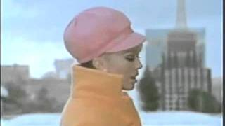 Watch Nancy Sinatra I Cant Grow Peaches On A Cherry Tree video