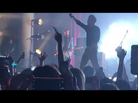 Harry Styles - Story Of My Life live at Dar Constitution Hall Washington D.C 10/01/17
