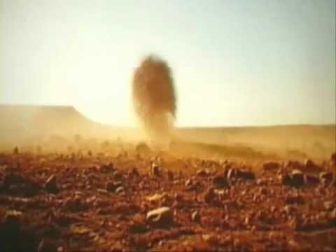 Tumbleweed palla di fieno nel deserto youtube for Colore vento di sabbia deserto