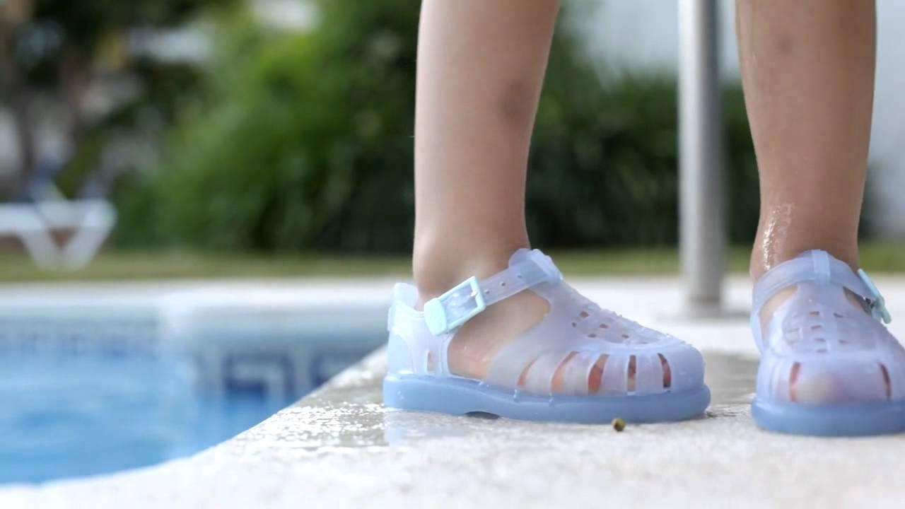 Cangrejeras para ni os sandalias de goma zapatos de for Albercas de plastico para ninos