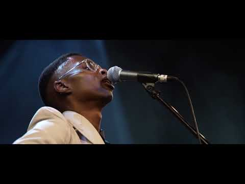 Bongeziwe Mabandla - Bawo Wam (Live at The Lyric Theatre)