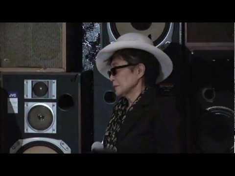Yoko Ono Supports Russian Punk Band