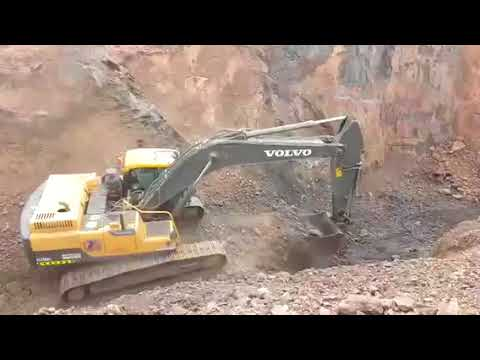 Manganese ore mining in Oman by Seqlawi United LLC