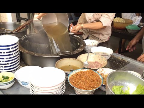 Asian Street Food - Fast Food Street in Asia, Cambodian food #122, Noodles