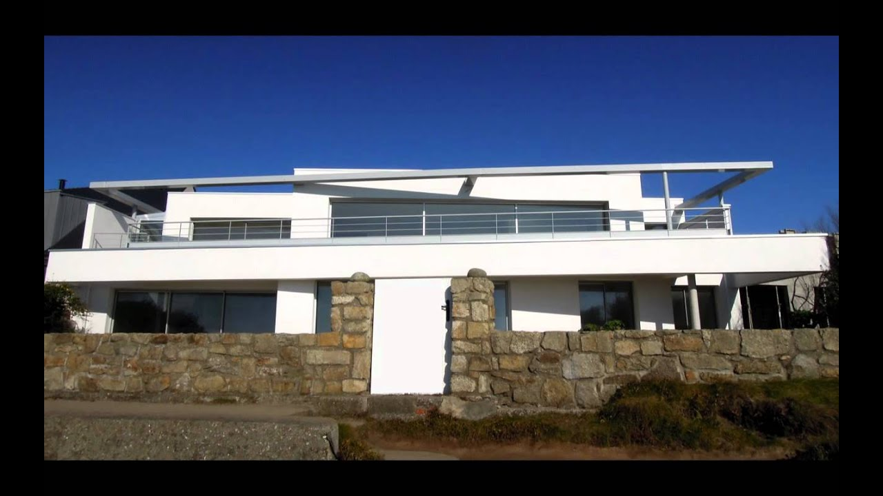 villa contemporaine en bord de mer ploemeur christophe le moing architecte lorient youtube. Black Bedroom Furniture Sets. Home Design Ideas